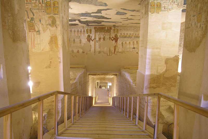 Escalier dans la tombe de Meremptah