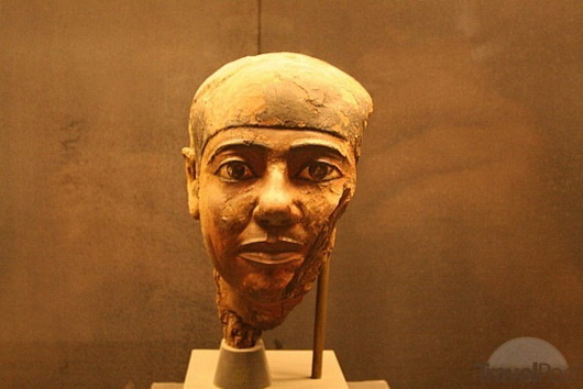 Head in new imhotep museum at saqqara cairo