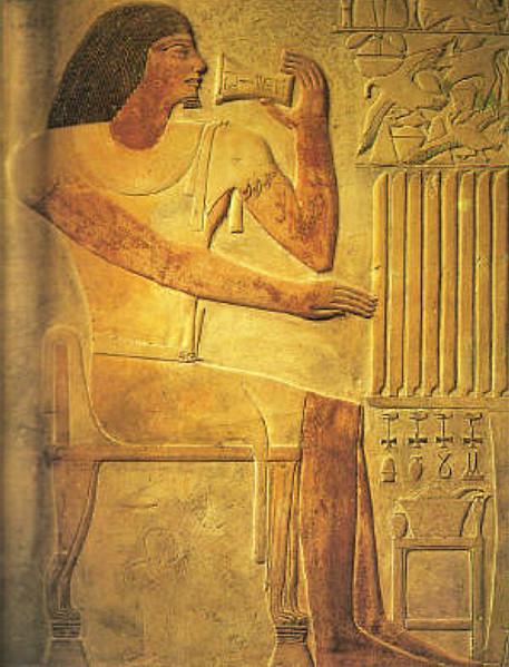Le vizir Ptah-Hotep est représenté symboliquement en buveur