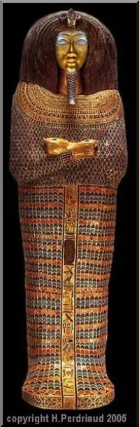 Reconstitution du sarcophage de la tombe kv55